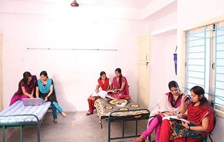 Hostels | Dhanalakshmi Srinivasan College of Engineering
