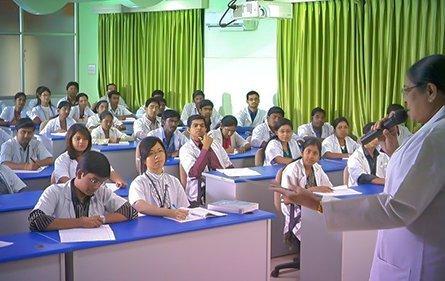 Lecture Hall | Vinayaka Mission's Kirupananda Variyar Medical College